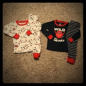 Carter's baby boy Valentine's day Pajamas set